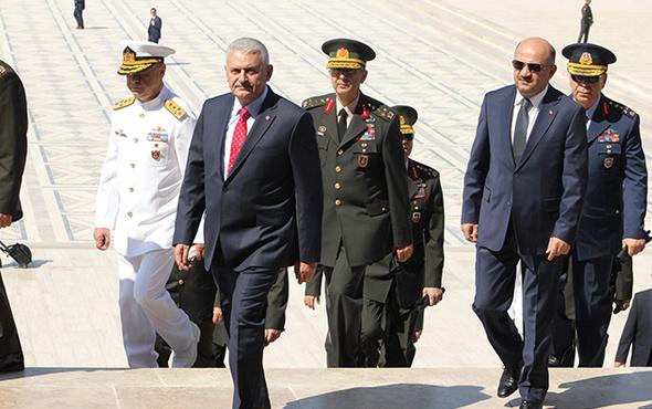 Yüksek Askeri Şura 2017 YAŞ kararları yeni komuta kademesi