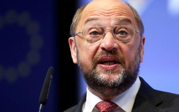 Schulz bir kez daha Türkiye'ye tehditler savurdu!