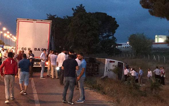 Halk otobüsü ile TIR çarpıştı: Ortalık savaş alanına döndü!