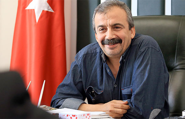 HDP'li Önder vekilliği bırakıp film çekecek
