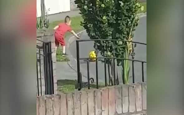 'Yolda top oynamak yasak' kuralına aşırı bağlı çocuk