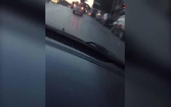 Akan trafikte aracıyla 360 derece dönerek trafiği tehlikeye sokan adam