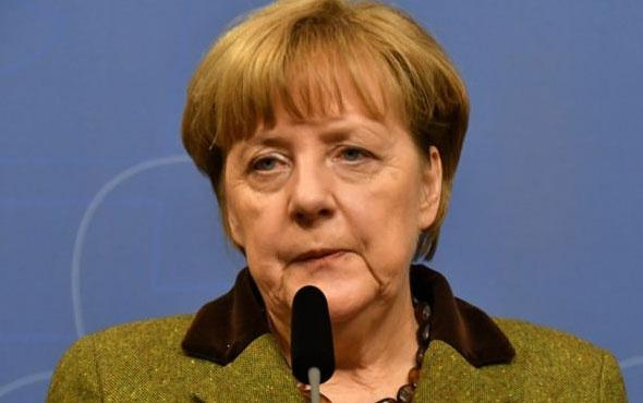 Almanya'dan Merkel'e sert Türkiye tepkisi