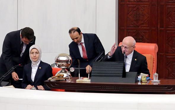 Meclis'te bir ilk! O gelenek bitti... Neler oluyor?..