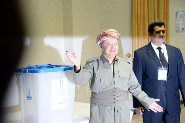 Kürdistan referandumunda Barzani oyunu kullandı