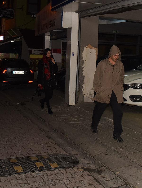 Seçkin Piriler'in oğlunu evden attığı iddia edilmişti Kaan Tangöze eve geri döndü!