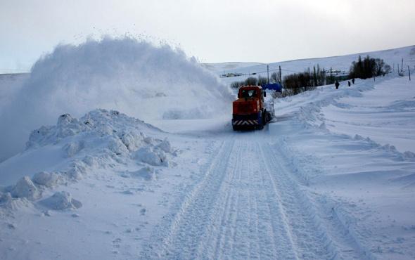 Kars'ta pazartesi okullar tatil mi valiliğin 15 Ocak kararı