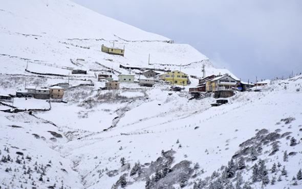 Artvin'de pazartesi okullar tatil mi valiliğin 15 Ocak kararı