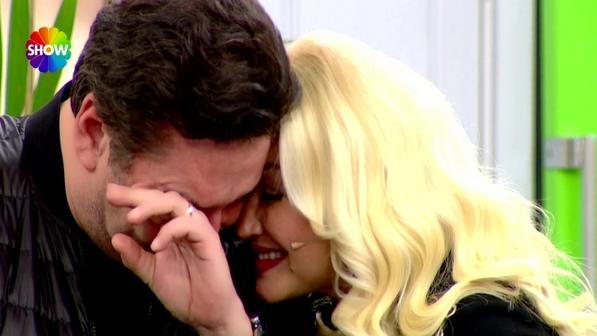 Zahide Yetiş'in eşi Cem Ersoy haberi duyunca ağladı bebeği...