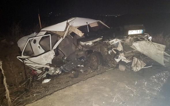 Ankara'da feci kaza: Öğrenciler kamyona çarptı!