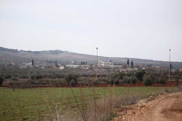 Afrin'de neler oluyor? Paçavralar indi, hendekler kazılıyor - Sayfa 2