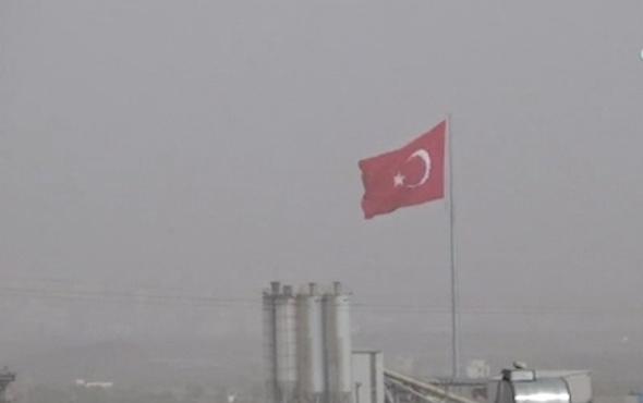 Sınır birlikleri PKK/PYD mevzilerini vuruyor