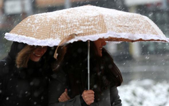 Kocaeli hava bozdu kar başladı son durum