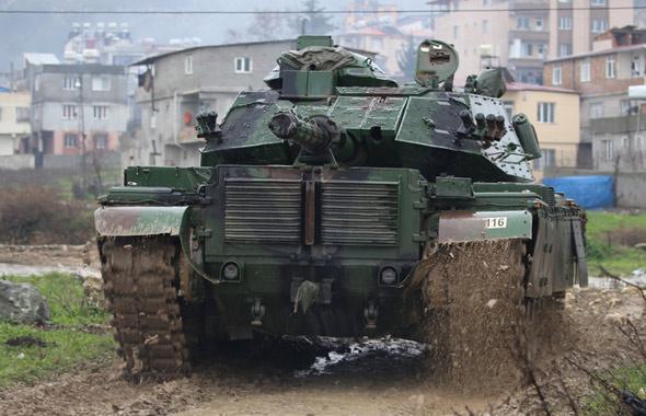 Afrin'de sürpriz cephe! Azez'den girildi PYD/PKK şokta