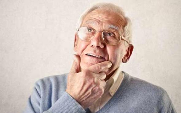 Alzheimer, kadınlarda erkeklerden 2 kat fazla görülüyor