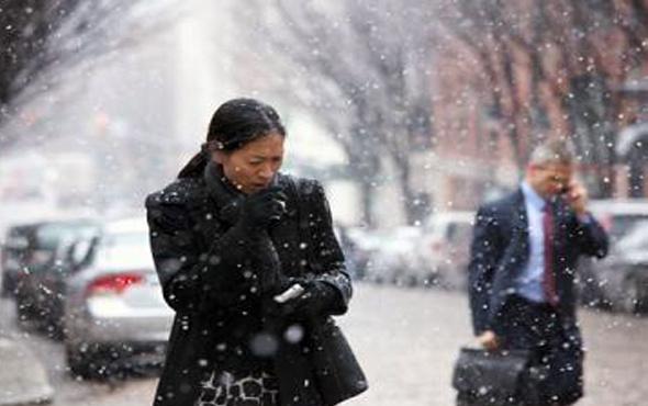 Amerika'da soğuk havalar 16 kişinin canını aldı