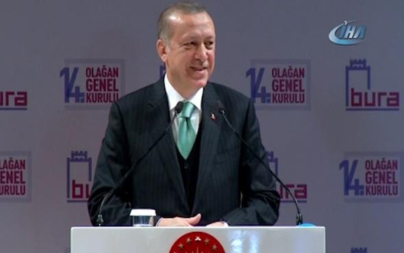 Erdoğan konuşurken bir bebek ağlayınca renkli görüntüler yaşandı