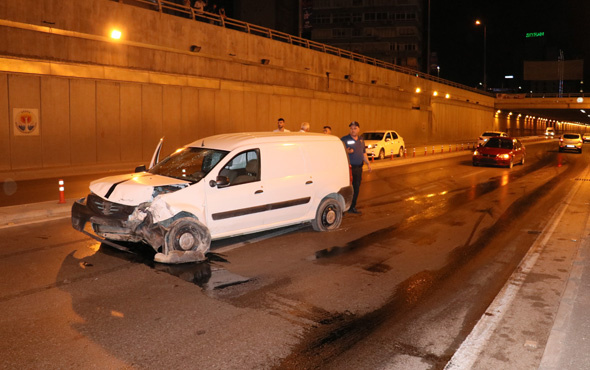 Adana'da trafik kazası: 2 yaralı