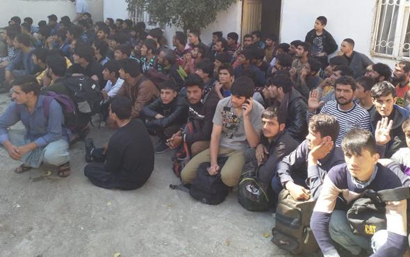 Van'da göçmen operasyonu: 140 kişi yakalandı
