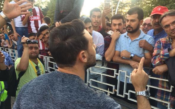 Ortalık karıştı Ahmet Dursun çıldırdı: Benim kalecime kim saldırdı