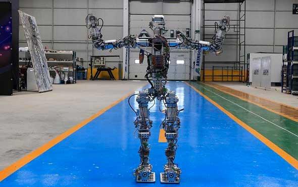 Yerli robot 'Akıncı-4' tanıtıldı
