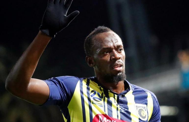 Usain Bolt profesyonel futbol kariyerinde ilk gollerini attı! Efsane hareketini yaptı - Sayfa 1