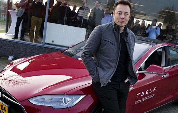 """Çalışanlarından Musk'a """"Para kaybettiriyor"""""""