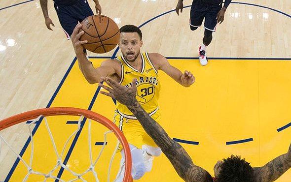 Stephen Curry'den üç çeyrekte 51 sayı!