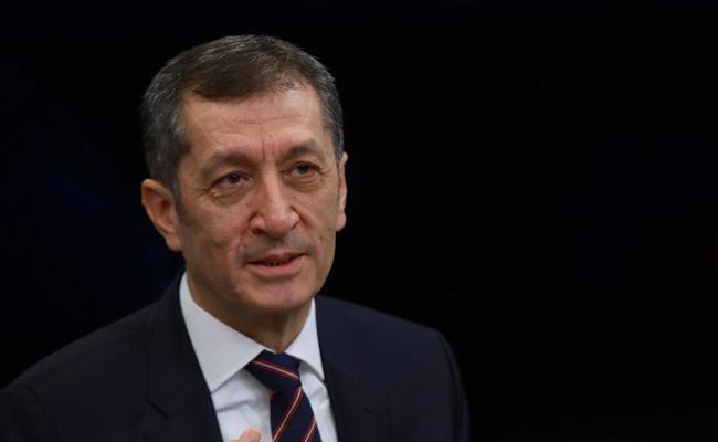 Milli Eğitim Bakanı Ziya Selçuk'tan flaş itiraflar! Sınavlar...