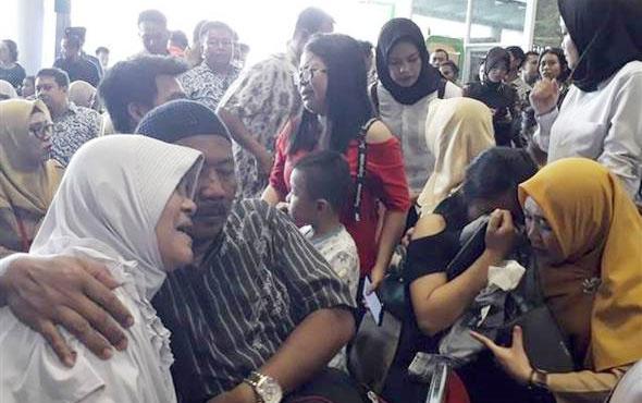 Endonezya'da düşen yolcu uçağıyla ilgili flaş gelişme! Kaç yolcusu vardı?..