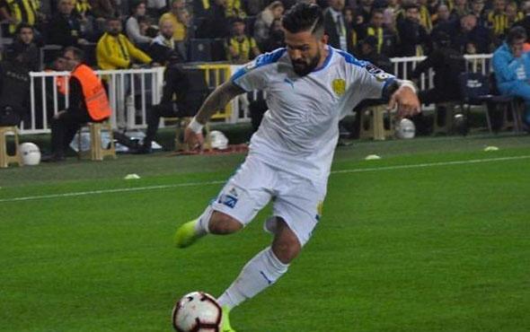 Ankaragücü oyuncusu Kenan Özer'in galibiyet paylaşımı tepki çekti!