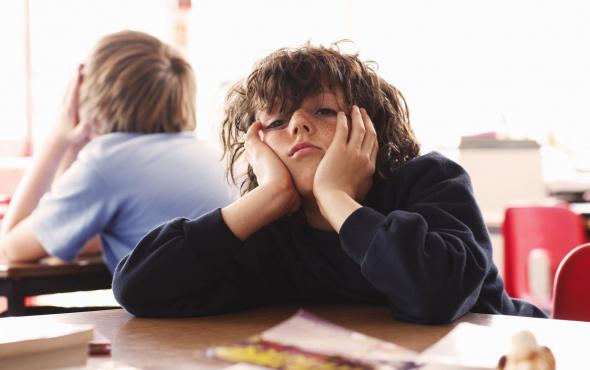 Çocukların okuldaki başarısızlık için terapiye ihtiyaç var mı?