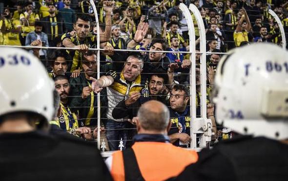 Fenerbahçeli taraftarların Cocu krizi!