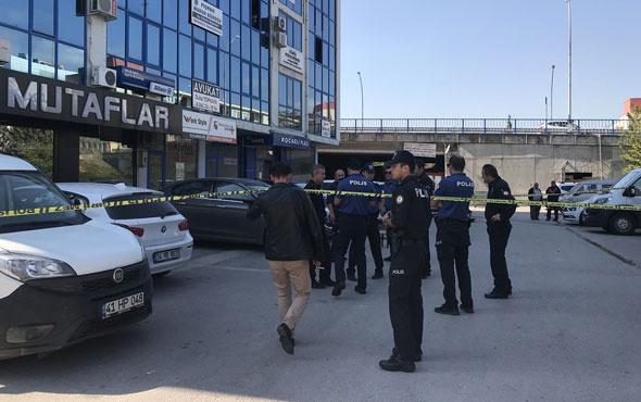 Bıçaklı saldırıya uğrayan avukat yaralandı