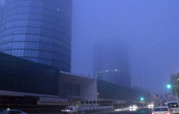 İstanbul sise uyandı Görüş mesafesi düştü