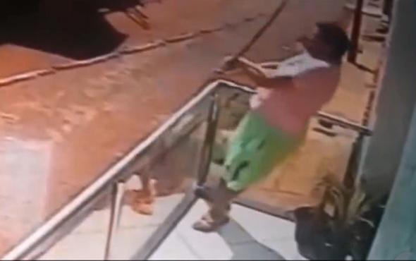 Elektrik akımına kapılan adamın ölüm anı kamerada