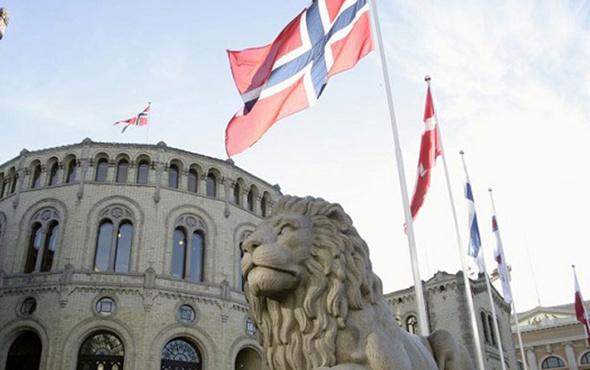 Suudi Arabistan'a bir şok daha Norveç silah satışını durdurdu