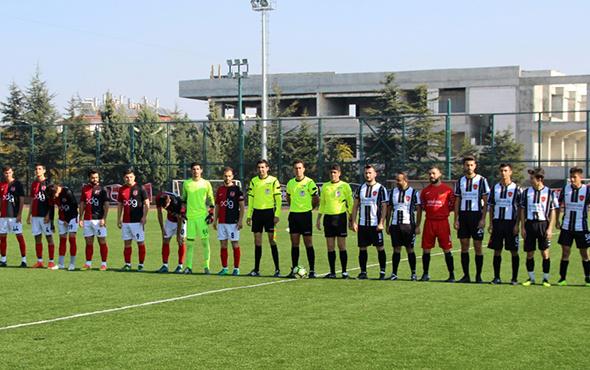 Futbolcular sınava gidince maç 9 dakikada sona erdi!
