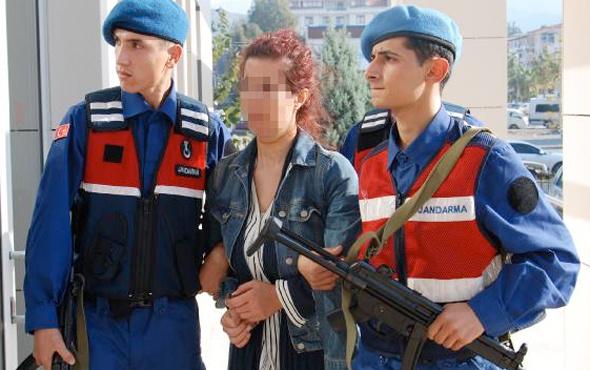 PKK şüphelisi jandarmayı görünce otobüste intihara kalkıştı