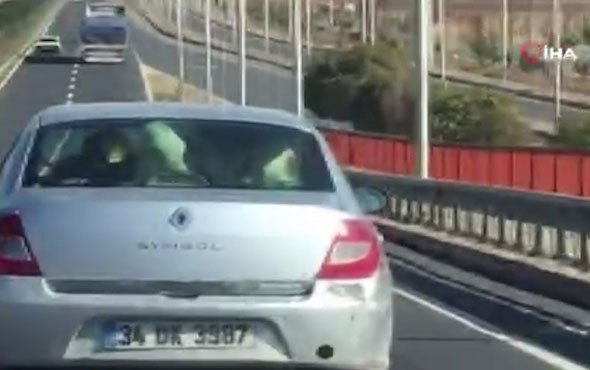 Otomobildeki detayı görenler gözlerine inanamadı!