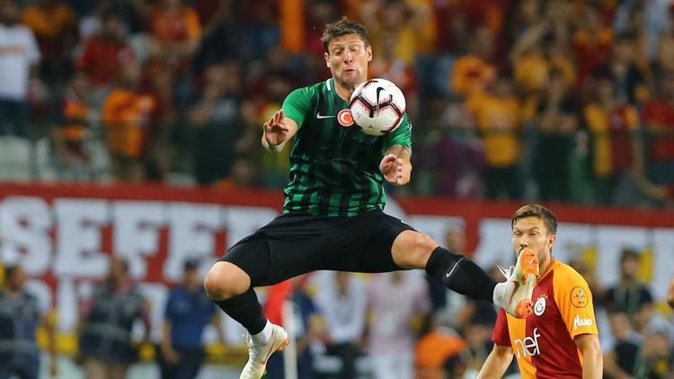 Galatasaray'a sürpriz öneri: 'O santraforu alın'