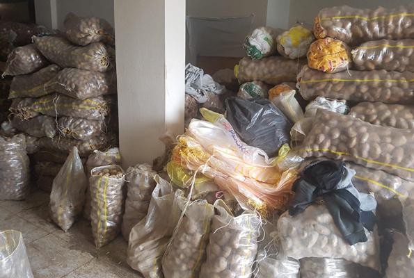 Stokçulara baskın devam ediyor 35 ton patates