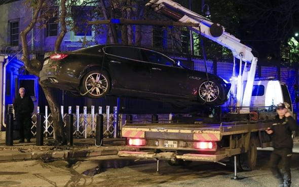 'Dur' ihtarına uymayan alkollü sürücü polise çarptı