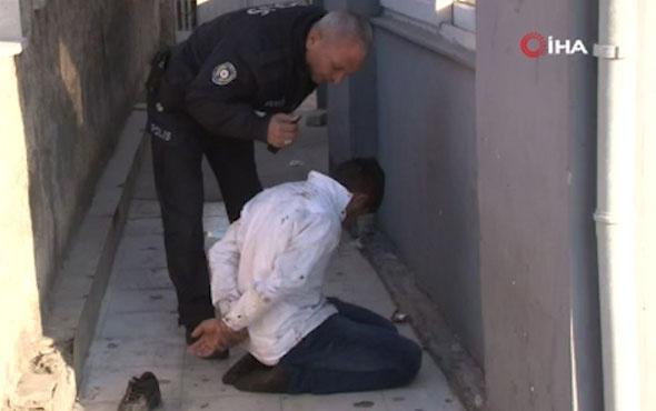 Adana'da dolmuş şoförü ile babası trafik polisine saldırdı!