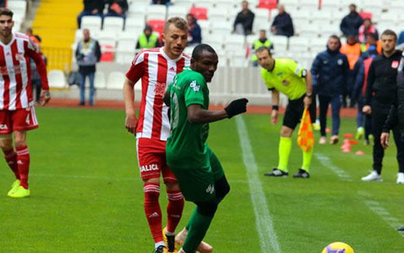 Sivasspor kıran kırana geçen maçta Rizespor'la yenişemedi