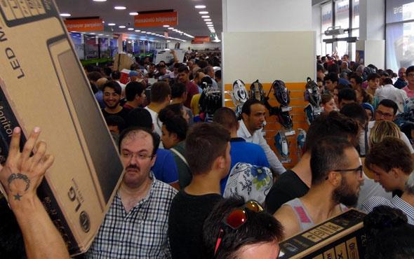 Türkiye Black Friday'de rekor fiyatta harcama yaptı