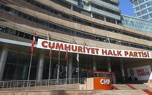 CHP'yi karıştıran istifa Genel Merkez'i topa tuttular