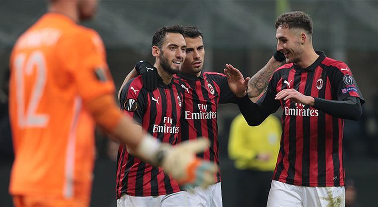 Hakan Çalhanoğlu attı: Milan şov yaptı!