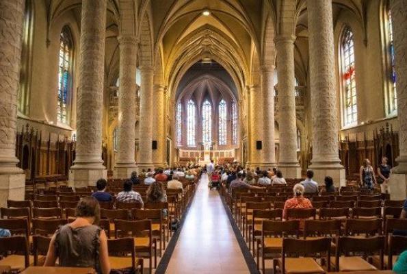 Mülteciyi koruma ayini kilisede 5 haftadır devam ediyor