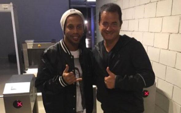 Ronaldinho çok fena battı! Sadece 5 poundu kalınca pasaportuna el konuldu